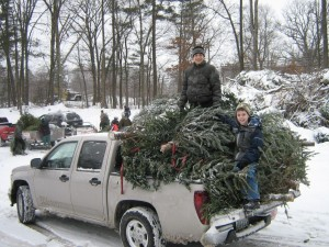 Christmas Tree Pickup 2010_4301591331_o